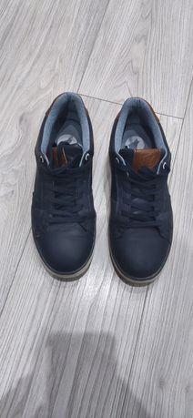 Детски обувки 39 номер
