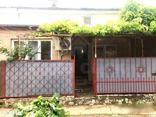 Casa renovata, toate utilitatile, centrala termica, ultracentral