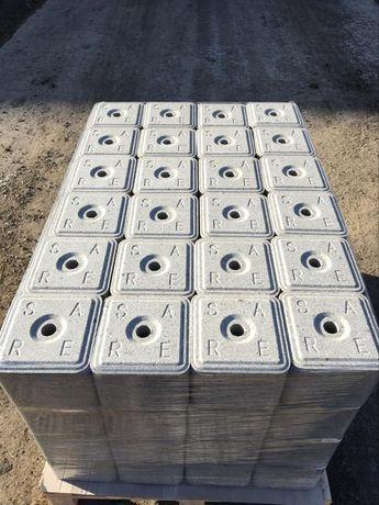 Каменна сол на блокчета, насипна за фураж