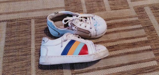 Продам демисезонные кроссовки
