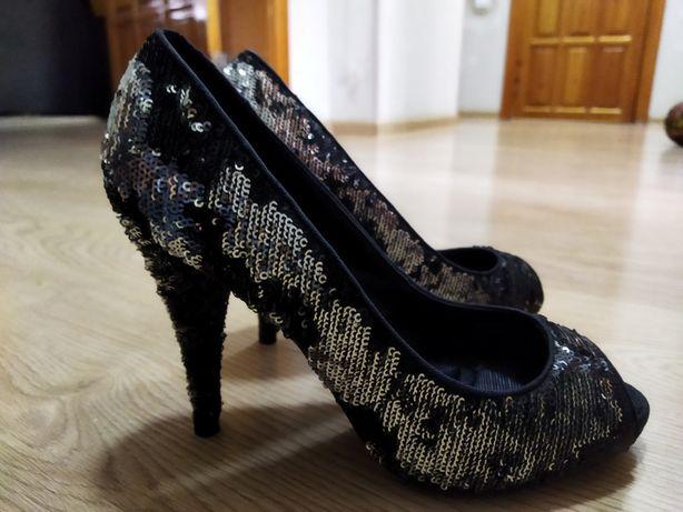 Туфли.   от Zara
