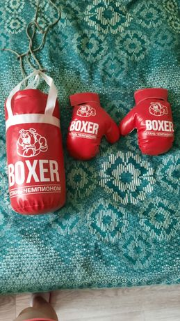 Продам боксерскую грушу