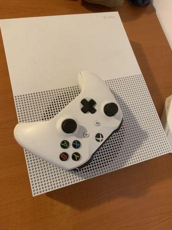 Vând/schimb Xbox one s 1t