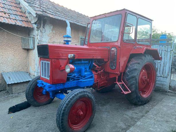 Tractor U650 cu plug PP4