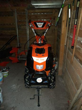 Vând motocultor Ruris KSD 1002 ,diesel,10 cp,roti de cauciuc 5×12