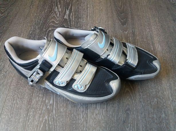 Papuci ciclism Nike, Shimano