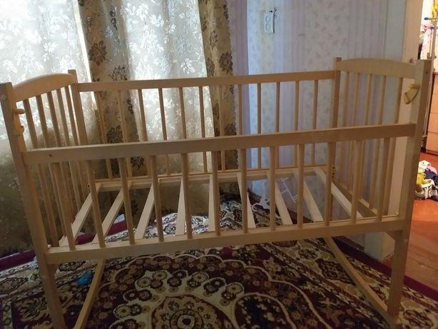 Кроватка детская новая без матрасса