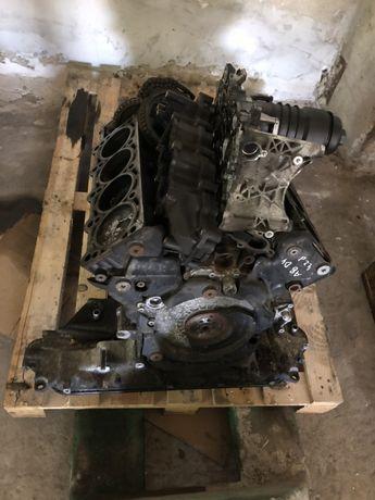 Двигател 4.2 TDI от A8 D4 на части
