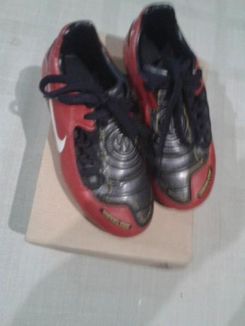 Бутонки Nike 29н