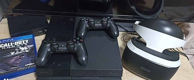 Sony Playstation 4 (2 джостика , VR шлем)