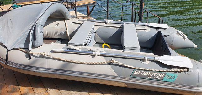 Лодка 330 Гладиатор