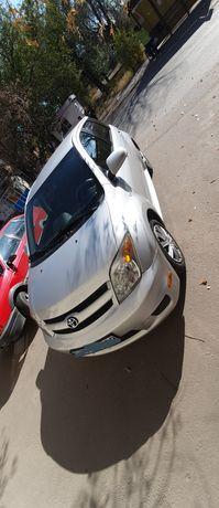 Продаю машину Toyota Scion.
