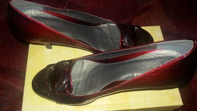 Pantofi visinii de ocazie