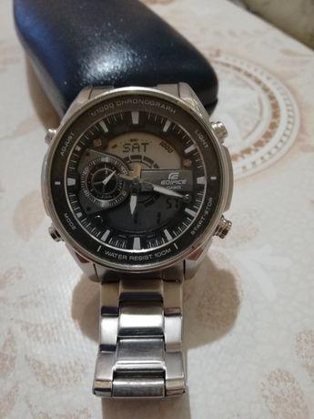 Часовник Casio модел EFA-133D-8а