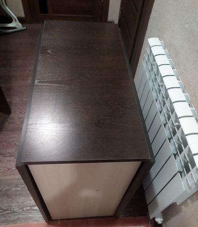 Стол книжка в наличии