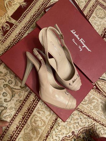 Итальянская обувь. Размер 37. Одна пара 10.000 тг