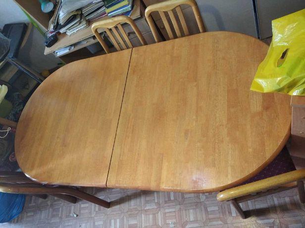 Раскладной стол и 6 стульев