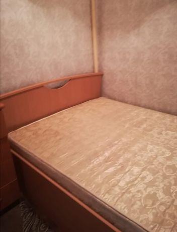 Продам кровать с матрасом, в хорошем состояний, размеры 1.4 на 2.