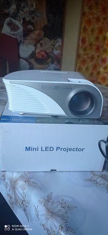 Новый мини проектор