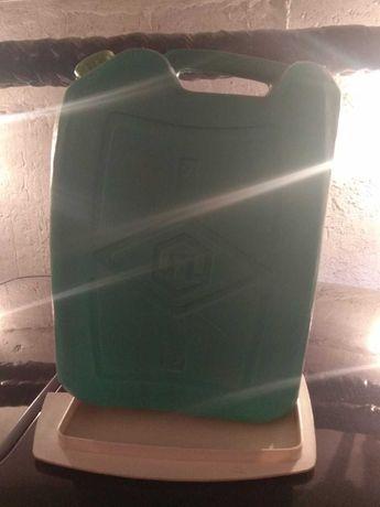 Пластмасова туба 20 литра.