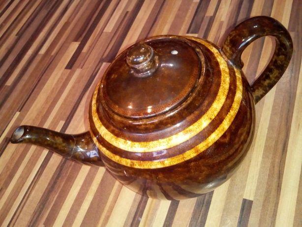 Ceainic din portelan, vechi, vintage