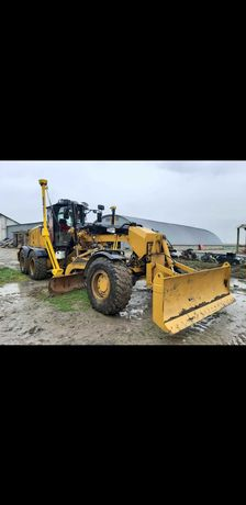 Camioane Trailer Excavator Incarcator Buldozer Greder Compactor Buldo