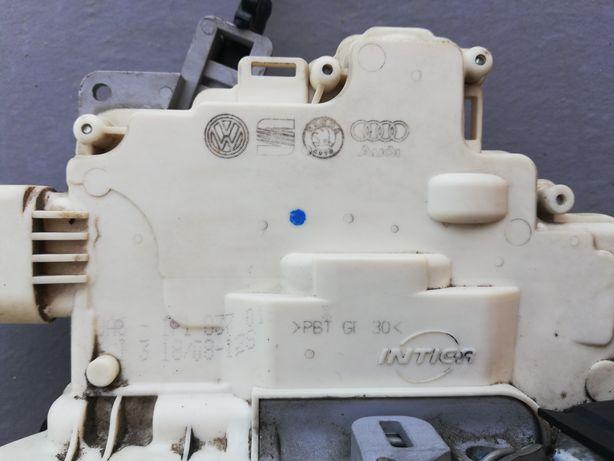 Incuietori usa spate Seat Leon 1P 2005-2012 + alte piese dezmembrari
