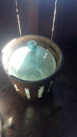 Damnigeana de sticlă pentru vin