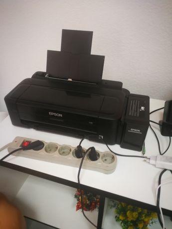 Продам цветной принтер Epson L132