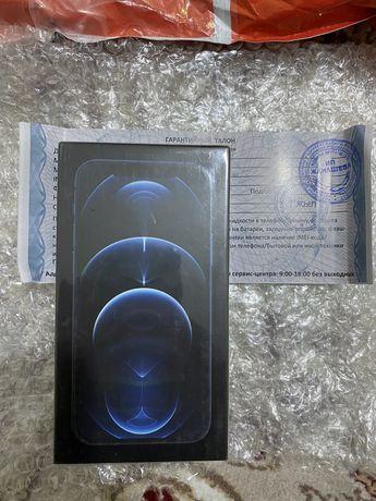 Айфон 12 про 256г синий гарантия 1 год