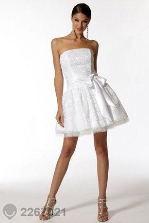 Дизайнерска бяла рокля Jessica Mcclintock- внос от Америка !