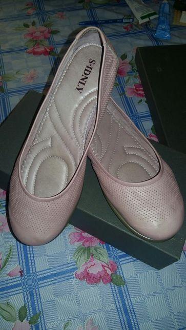 Продам балетки новые