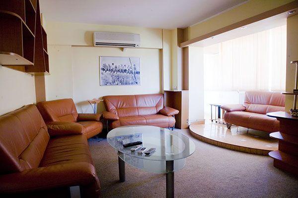 Închirieri regim hotelier 12 apartamente lux in centru,3-4-5* P.Unirii