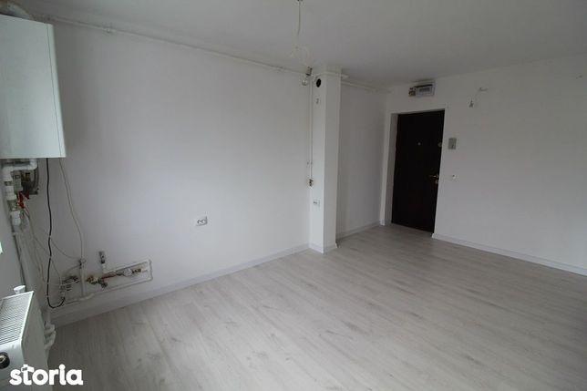 Vând apartament 3 camere în Deva, 61mp, zona Gojdu, etaj 4/4