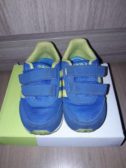 Маратонки Adidas Neo