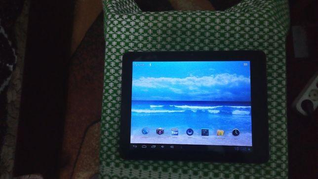 "Vand tableta CnM 9.7""cu afisaj ips"