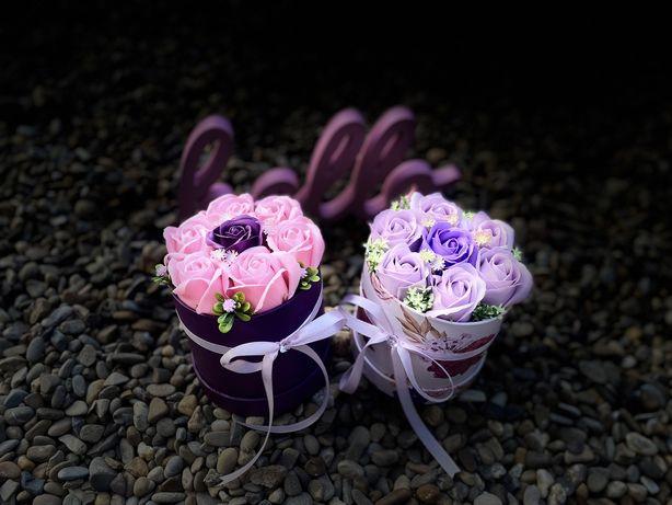 Aranjamente din flori de sapun