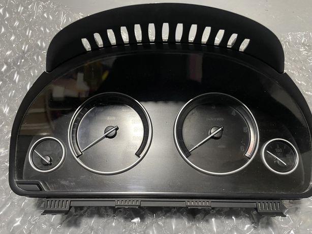Ceasuri bord F10 F11