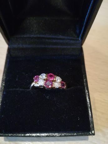 Inel aur 18 kt.cu diamante si rubine