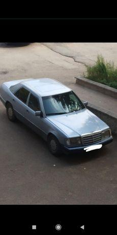 Продам Мерседес 124 кузов, на ходу, коробка автомат, обьем 2.6, 1992г