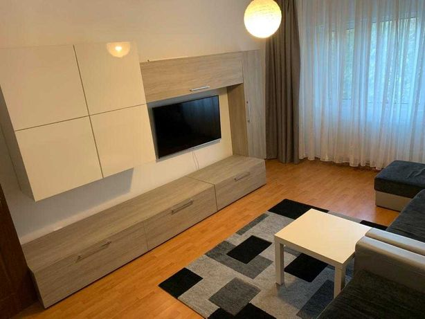 Apartament 2 camere+cameră dressing, decomandat,et.2, utilat,parcare