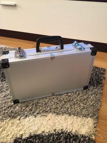 Geanta/servieta/case/cutie noua din aluminiu
