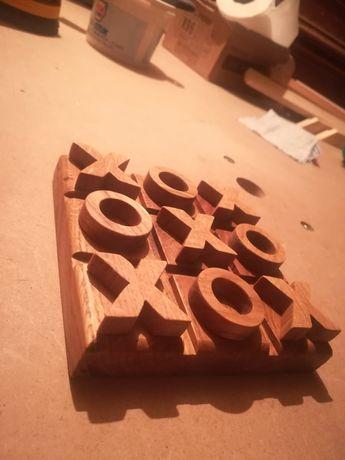 Joc educativ X și 0 din lemn
