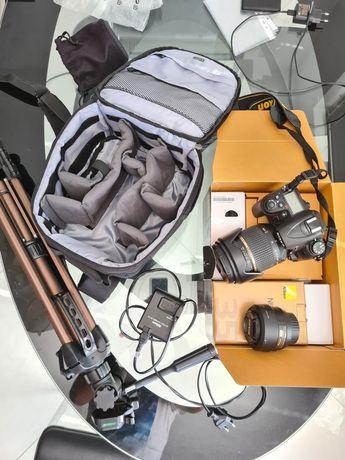 Nikon D7000 + 2 обектива + статив + раница