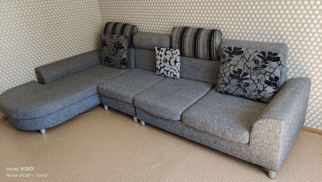 Продам диван хорошего качества