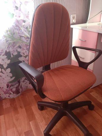 Кресло розовый за 5000