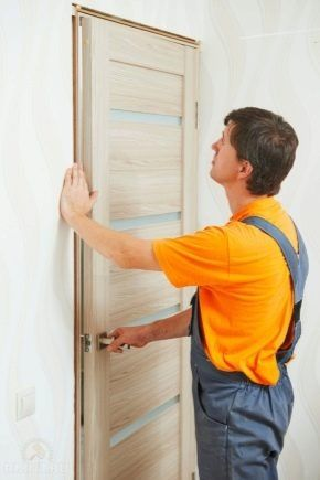 Установка Дверей отделка  дверных проемов