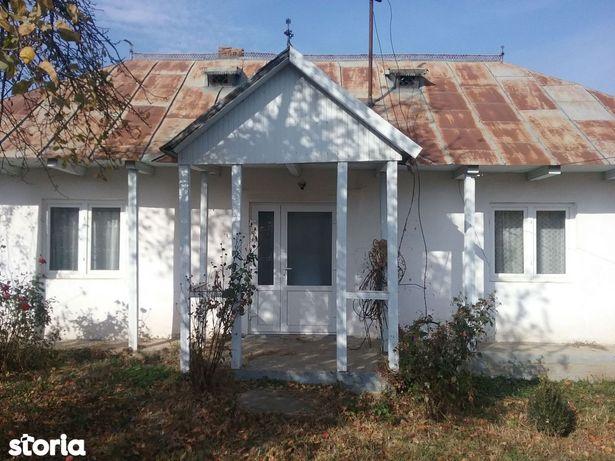 Casa si teren 2.898 mp com. Vaculesti, jud. Botosani ID 16508
