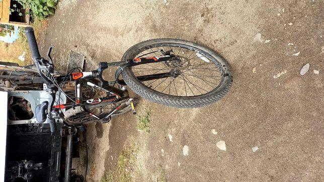 Продам велосипед TREK