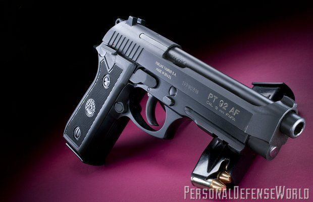 Pistol airsoft FULL METAL AUTO BERETTA APX 3,6 Jouli+5 capsuleCO2